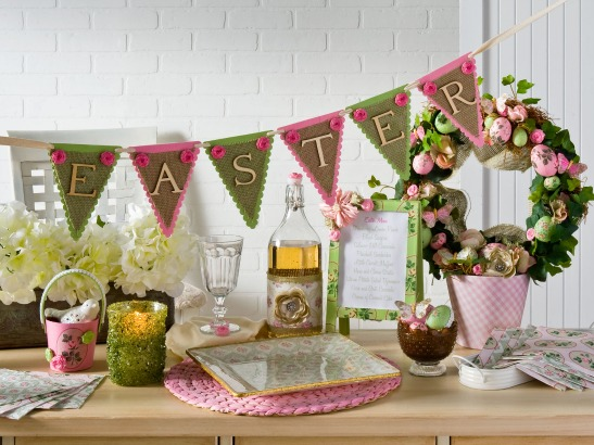 Pretty Easter Dinner DIY Tablescape