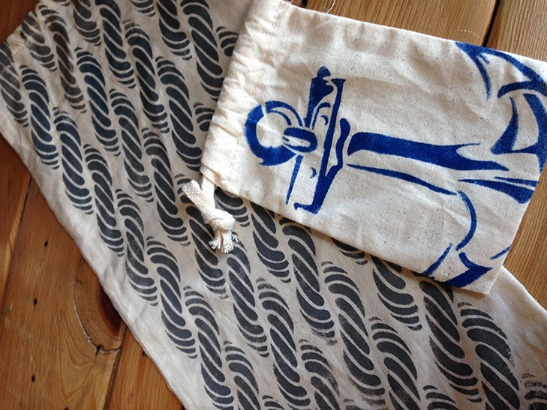 Tote-tally Awesome DIY Nautical Canvas Bags