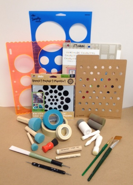 Pro tips how to paint polka dots plaid online for Wall painting utensils