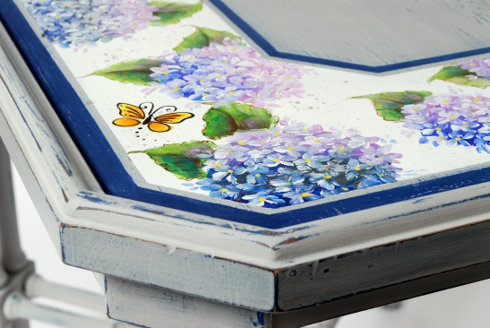 How to Refurbish an Old, Water-Marked Table with FolkArt Home Decor Chalk and FolkArt Multi-Surface Paints Part 2