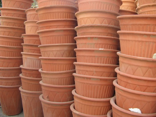 How to Use Clay Pots as Crafting Surfaces