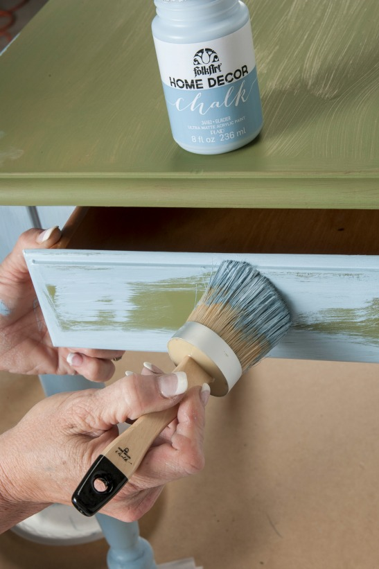 how to use folkart home decor chalk with donna dewberry plaid online - Home Decor Chalk Paint