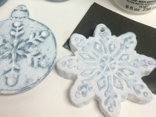 How to Create a Vintage Styled Snowflake Ornament