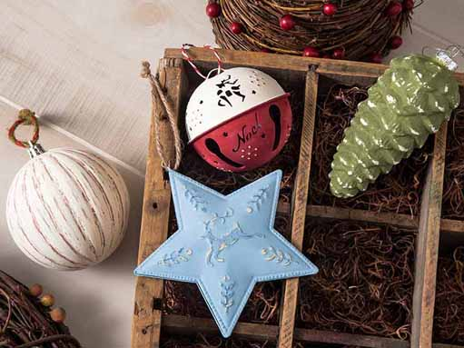 FolkArt Home Decor Chalk Holiday Projects