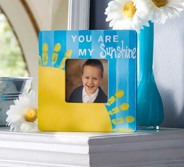 You Are My Sunshine: Mother's Day Fingerprint DIY Gift Idea