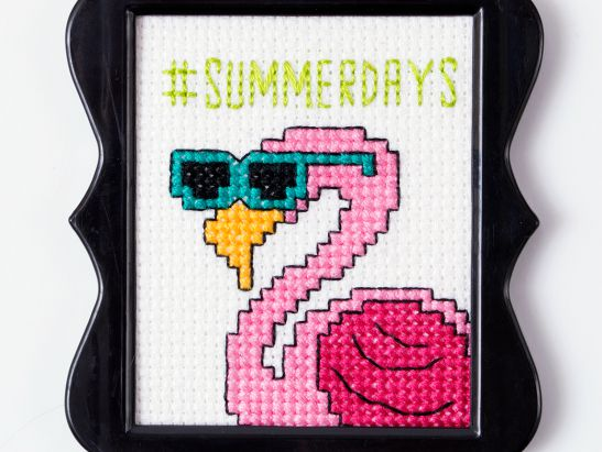 #SummerDays Flamingo Cross Stitch Free Pattern