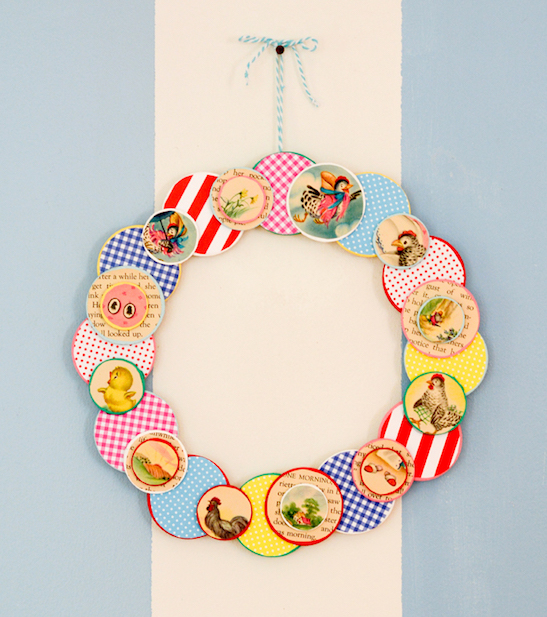 DIY wreath decoupage from children's books