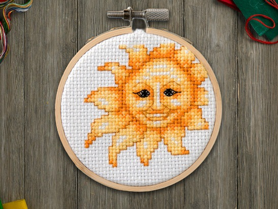 Free Cross Stitch Pattern: Summer Sunshine!