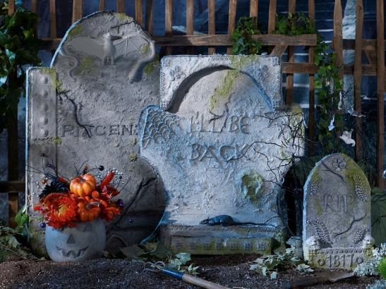 Make Your Own Easy DIY Halloween Tombstones