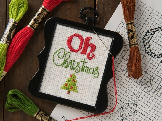 "Free ""Oh Christmas"" Holiday Cross Stitch Pattern Download"