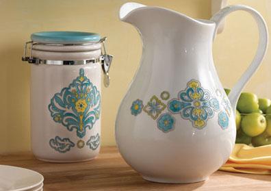 Glass painting martha stewart crafts ornate flowers for Martha stewart glass paint instructions